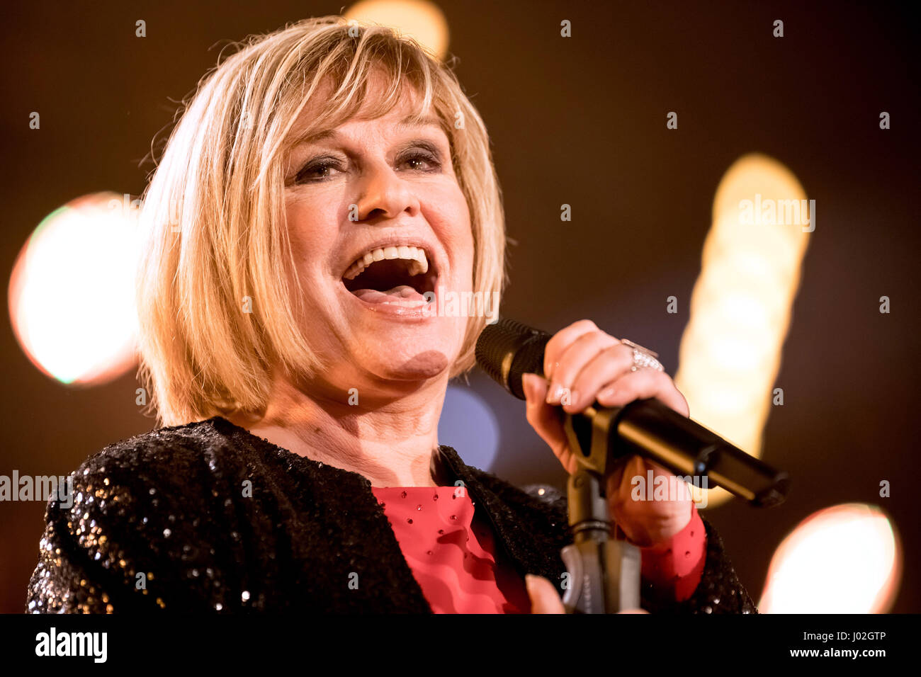 Magdeburg, Germany. 08th Apr, 2017. Singer Mary Roos during the recording of the TV show 'Willkommen bei Carmen Stock Photo