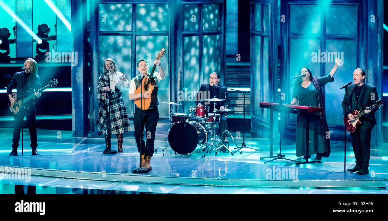 Magdeburg, Germany. 08th Apr, 2017. The Kelly Family during the recording of the TV show 'Willkommen bei Carmen Nebel' (lt. 'Welcome to Carmen Nebel's') in the GETEC Arena in Magdeburg, Germany, 08 April 2017. The show will be broadcast 13 April 2017 at 20:15 pm on ZDF. - NO WIRE SERVICE- Photo: Andreas Lander/dpa/Alamy Live News Stock Photo
