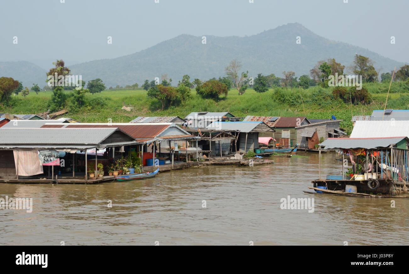 Floating villages of Kampong Chhnang, Cambodia - Stock Image