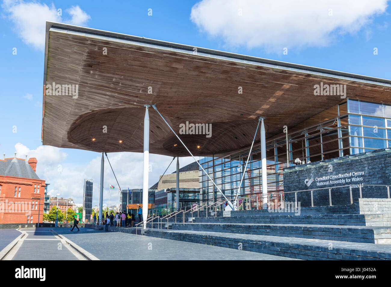 welsh assembly building,cardiff bay, The Senedd, or welsh assembly building, Cardiff Bay, South Glamorgan ,Wales, - Stock Image