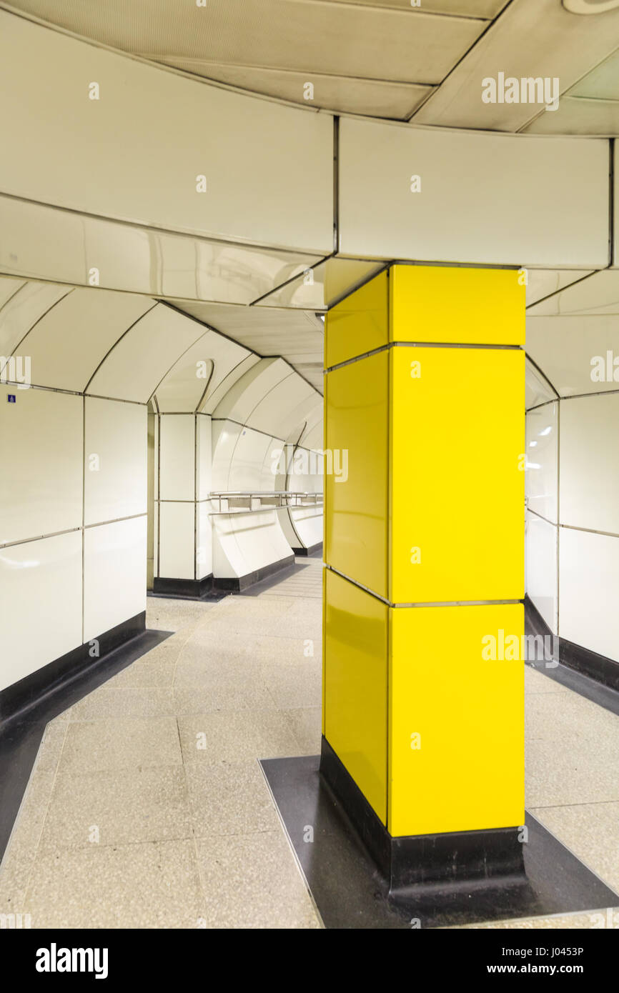 Mondrian Inspired Stock Photos & Mondrian Inspired Stock Images - Alamy