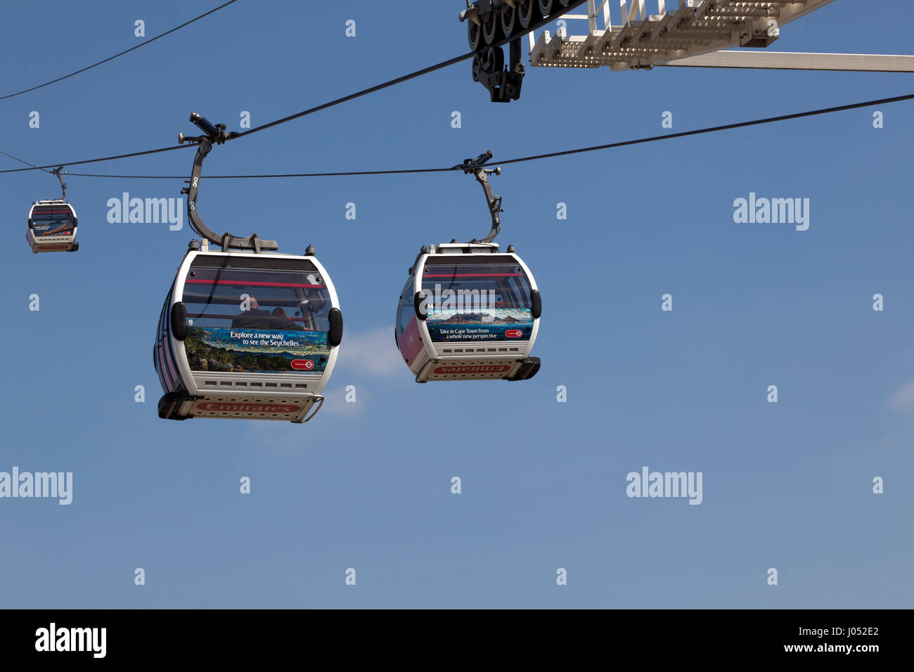 Close-up view of the Emitates Air Line Cable Car running between the Geenwich Peninsular and the Western Gateway - Stock Image