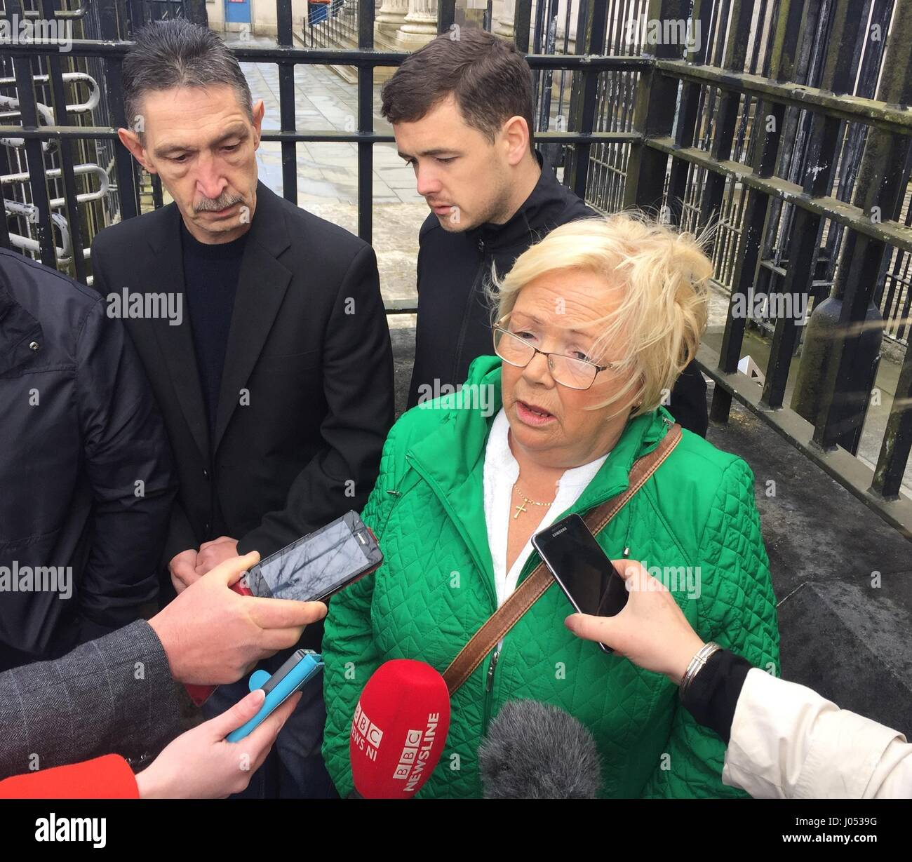 Helen Deery, Manus Deery's sister, speaks to the media outside Londonderry Courthouse after a coroner ruled - Stock Image
