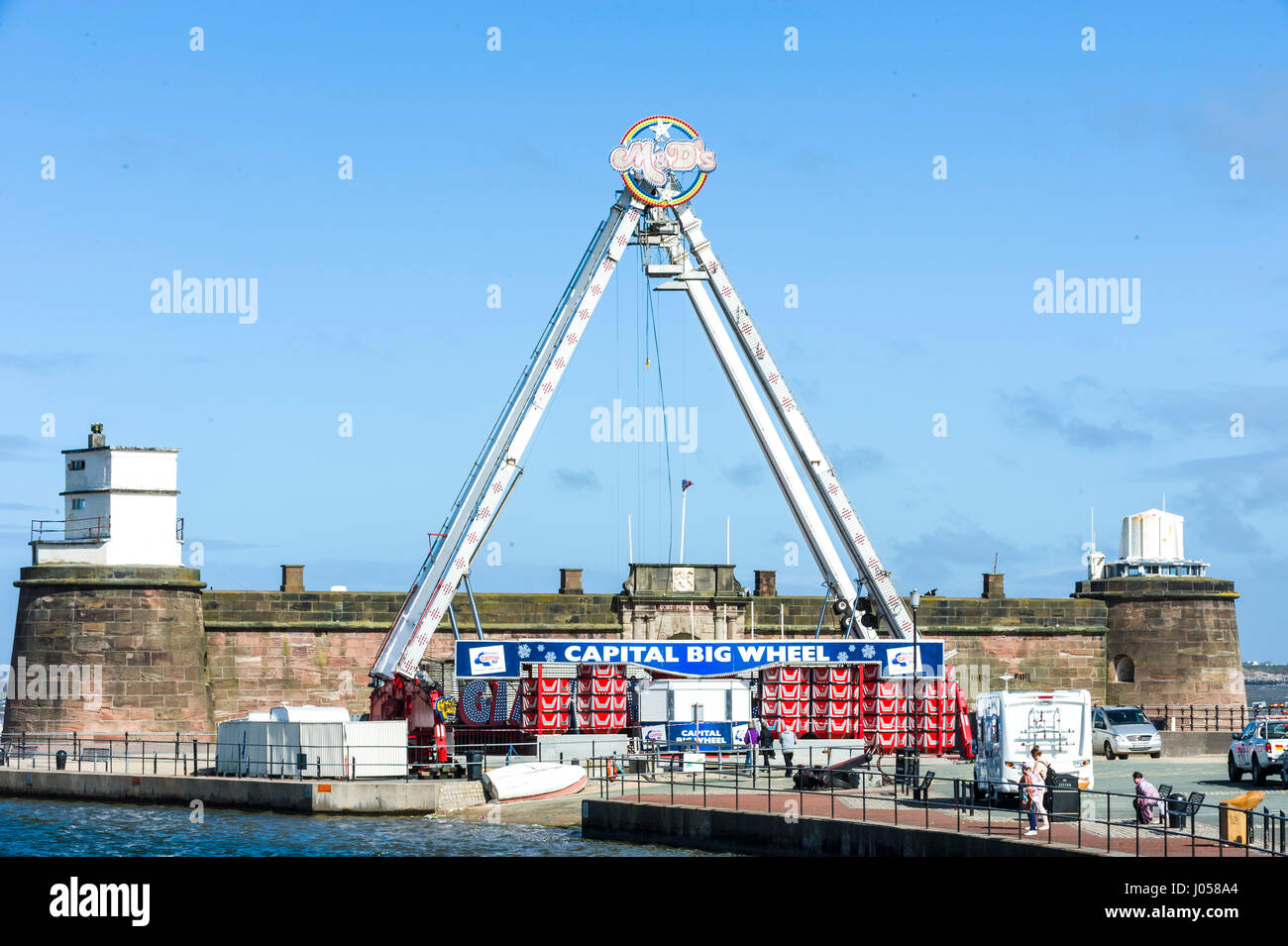 New Brighton, Wirral, UK. 10th Apr, 2017. Construction has commenced on the Capital Big Wheel, which will be open - Stock Image
