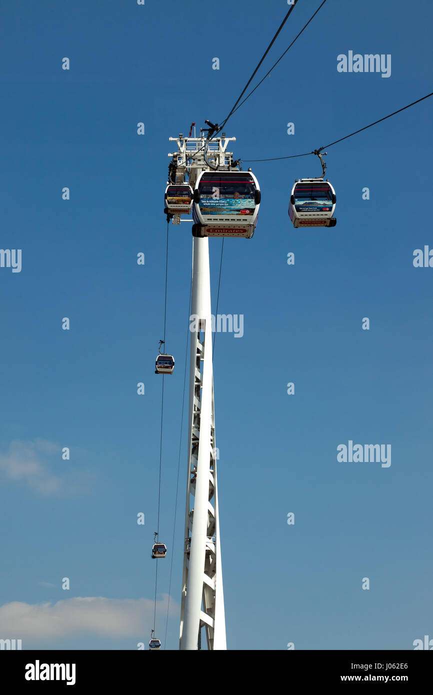 View of the Emitates Air Line Cable Car running between the Geenwich Peninsular and the Western Gateway of the Royal - Stock Image