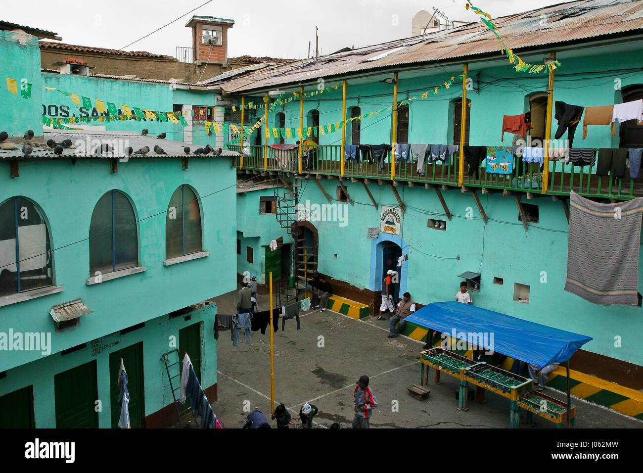 San Pedro, Republic of Prisoners