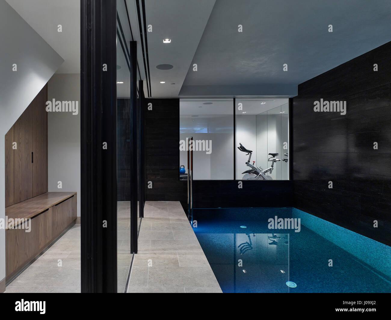 Pool. Hampstead Ponds House, London, United Kingdom. Architect: Stiff + Trevillion Architects, 2016. - Stock Image