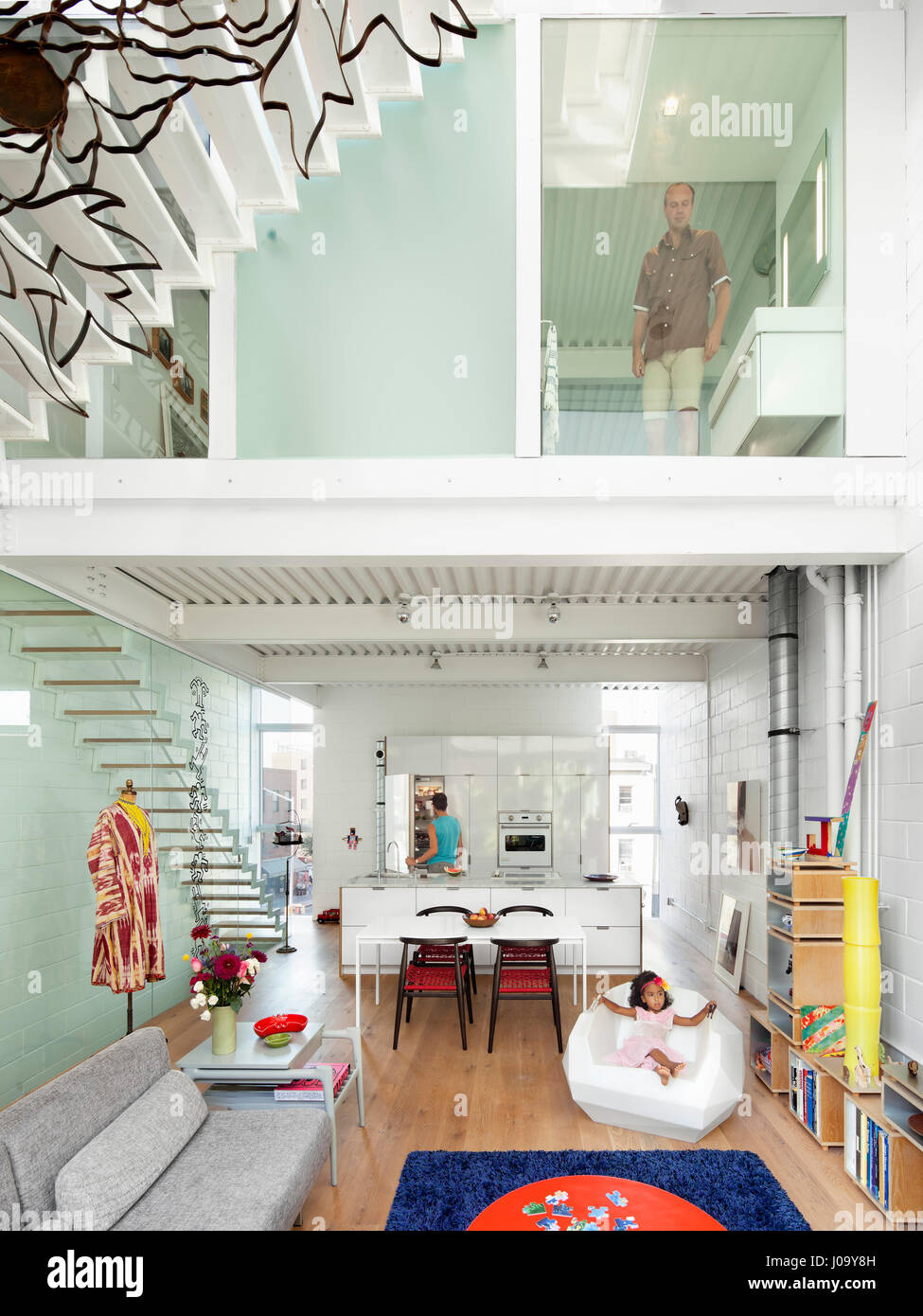 Central double height living space. 174 Grand Street, New York Stock ...
