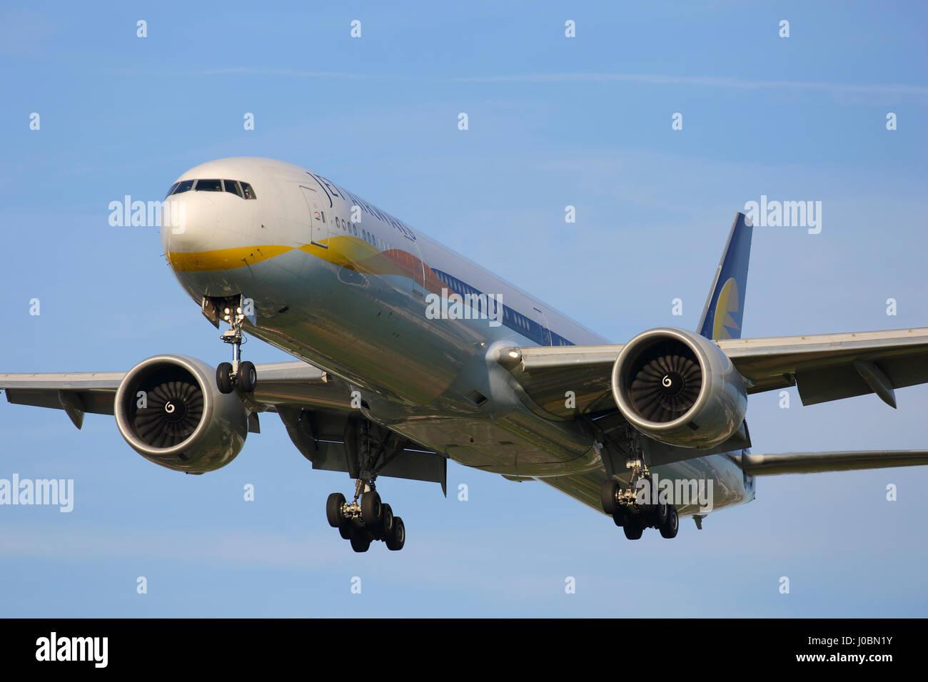 VT-JEV Jet Airways Boeing 777-300 cn 35158 / 637 arriving at London Heathrow airport - Stock Image