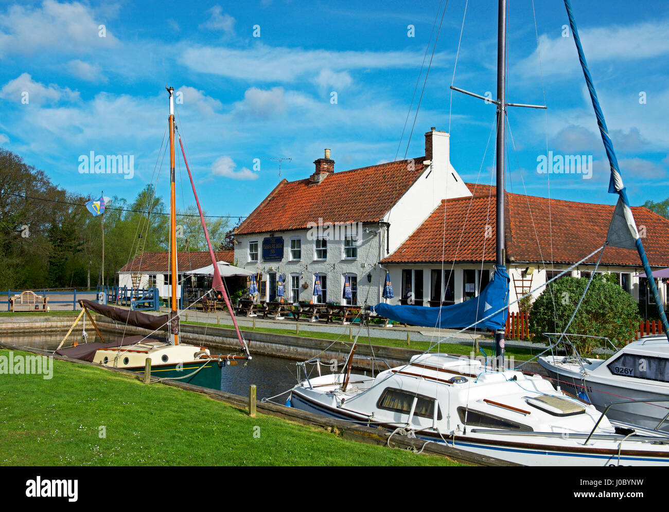 The Pleasure Boat Inn, Hickling, Norfolk Broads, Norfolk, England UK - Stock Image