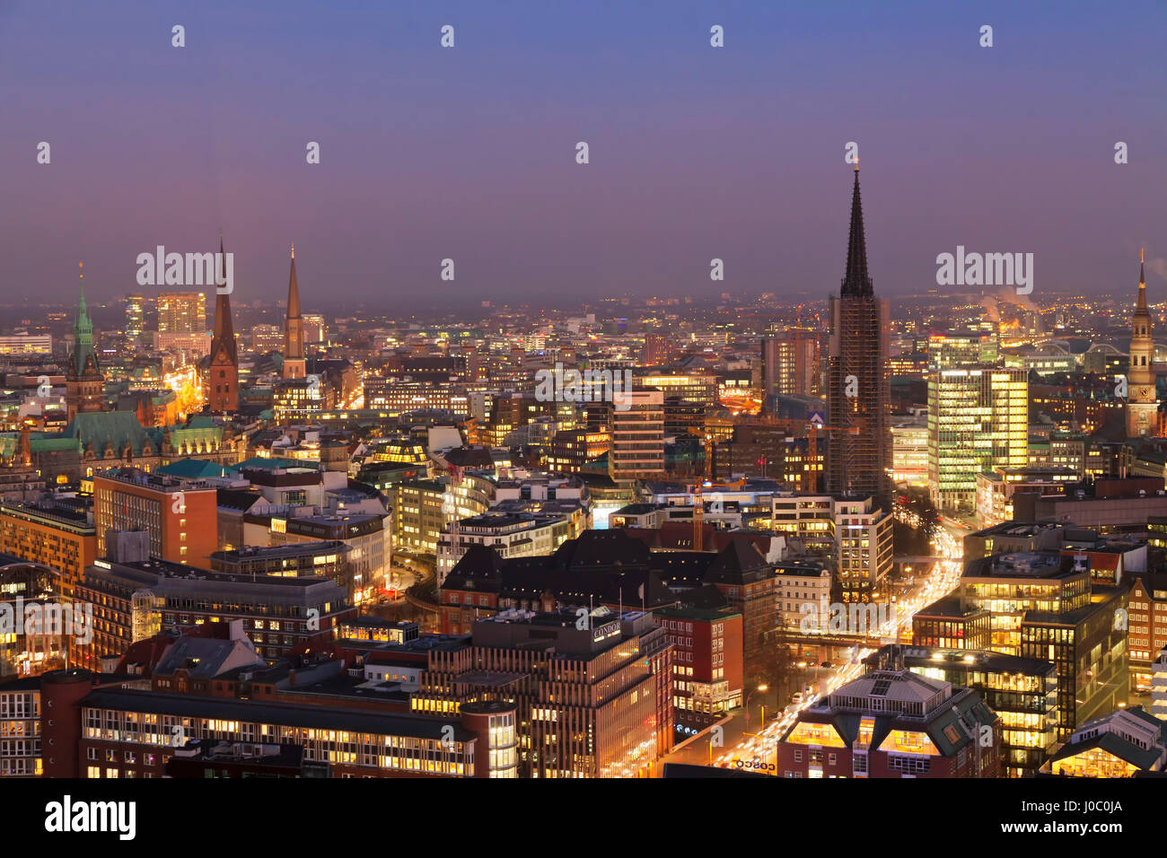 View over the city center at night, Hamburg, Hanseatic City, Germany - Stock Image