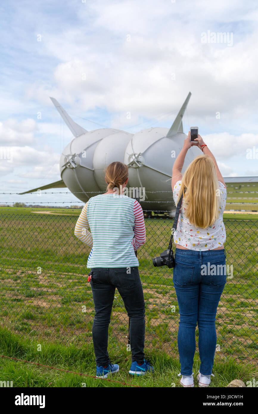 Cardington, Bedfordshire, UK. 11th Apr, 2017. The Hybrid Air Vehicles Airlander 10 is moored to the new Mobile Mooring - Stock Image