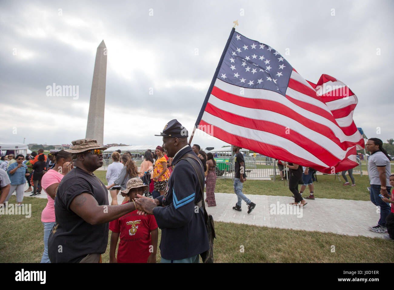 Washington, District, USA. 24th Sep, 2016. Cpl. ALVERT EL of the 3rd Regiment Infantry U.S. Army from Philadelphia, - Stock Image