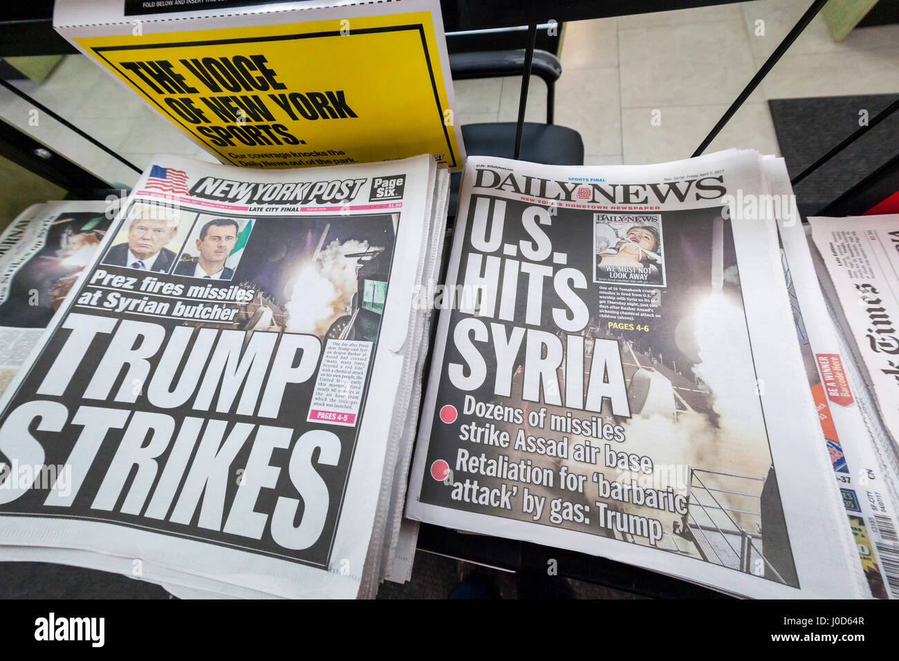 The New York Daily News, the New York Post and other papers report on Friday, April 7, 2017 on the previous evening's - Stock Image
