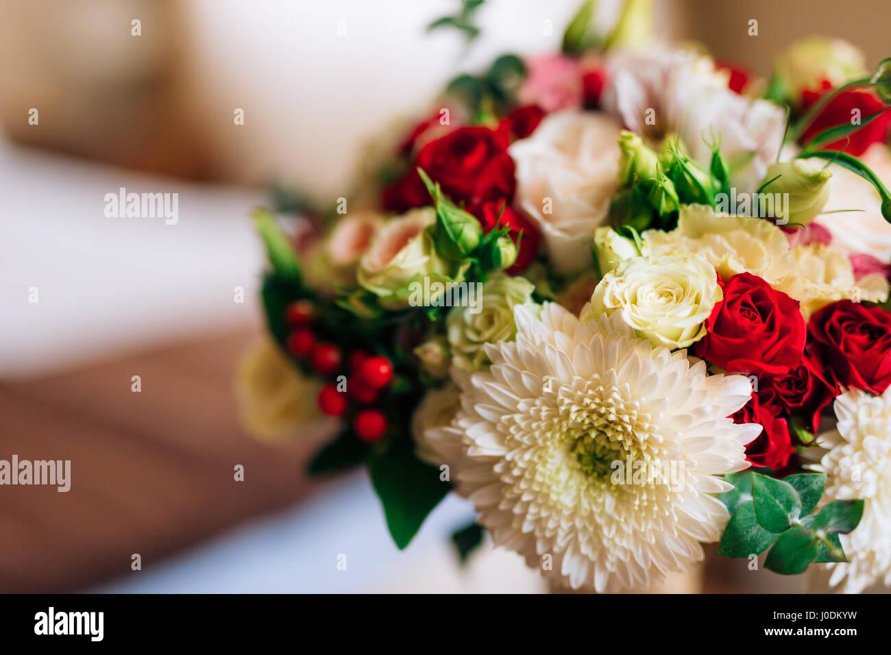Wedding Bridal Bouquet Of Roses Chrysanthemums Eucalyptus Baby Stock Photo Alamy