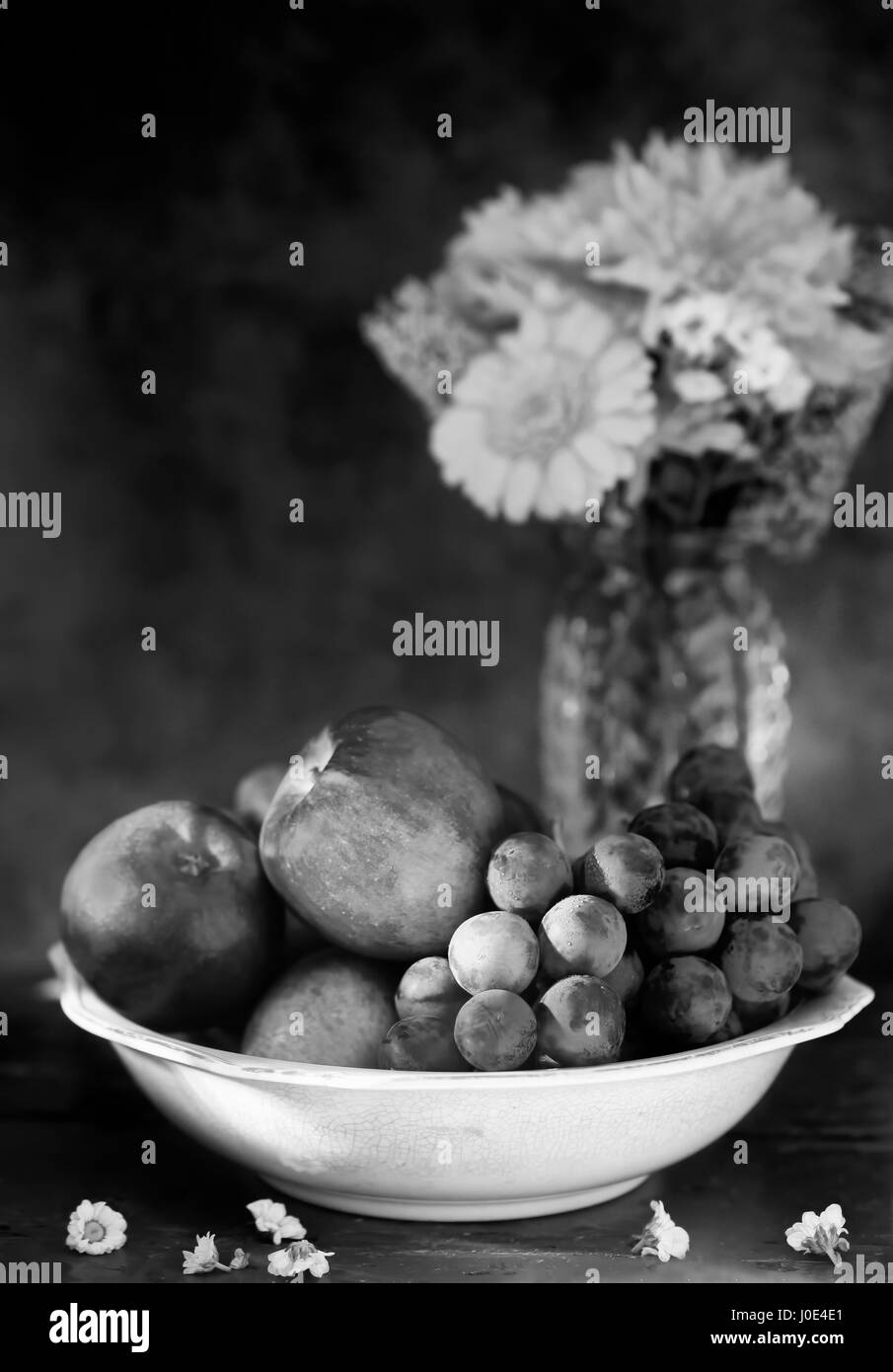 Still life apples and grapes - Stock Image
