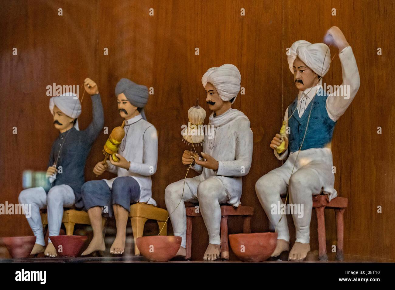 Dyeing thread, bhau daji lad museum, mumbai, maharashtra, india, asia - Stock Image