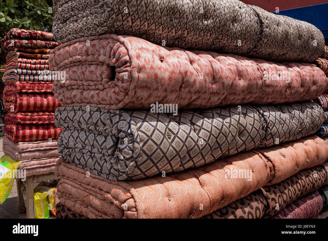Cotton mattresses, varanasi, uttar pradesh, india, asia - Stock Image