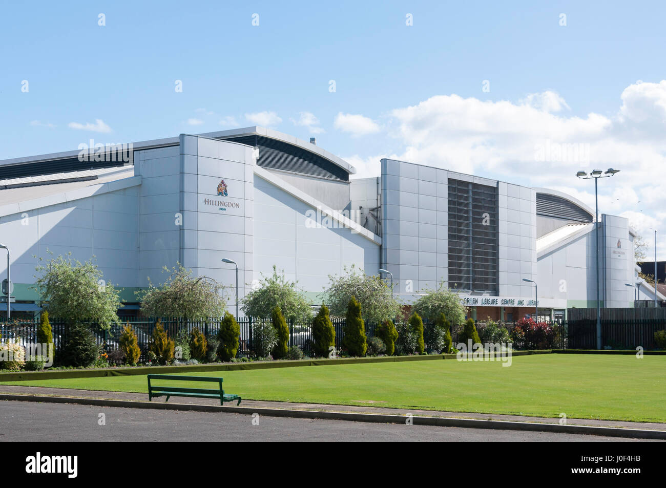 Botwell Green Sports & Leisure Club, East Avenue, Hayes, London Borough of Hillingdon, Greater London, England, - Stock Image