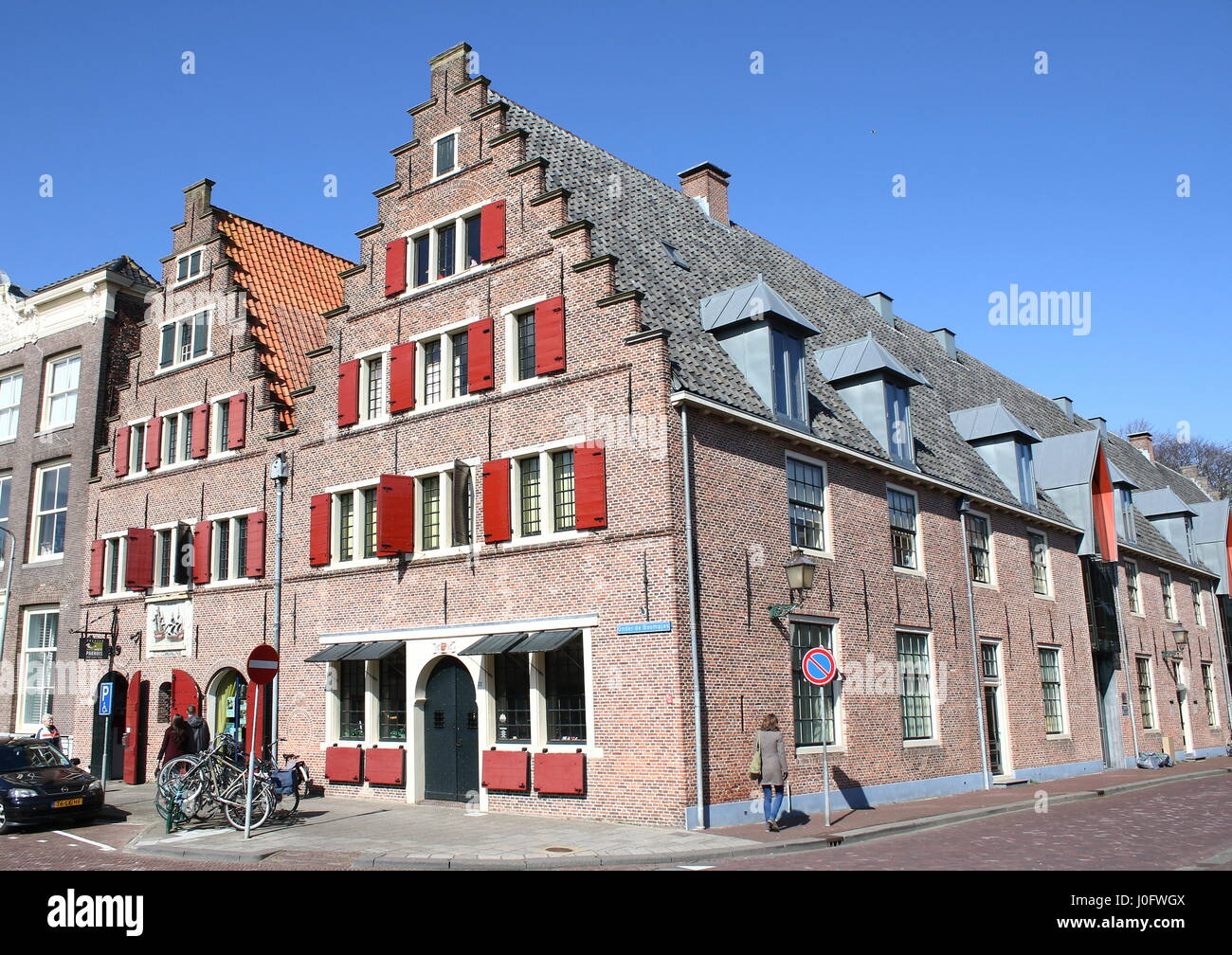 17th century warehouses of the Dutch East India company (Vereenigde Oostindische Compagnie) in the old Zuiderzee - Stock Image