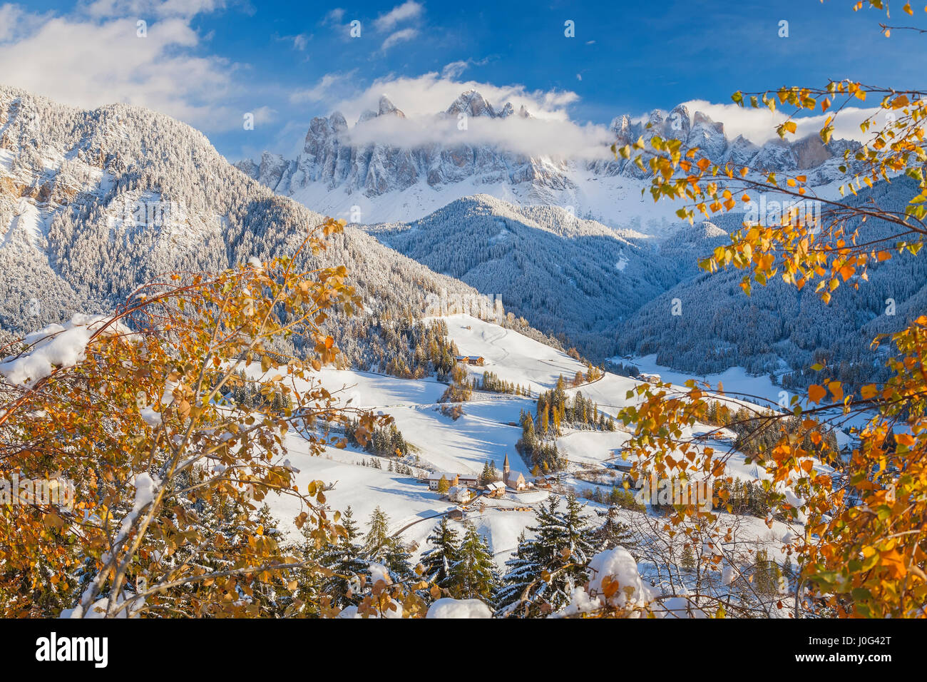 Winter snow at St. Magdalena village in the Val di Funes, Dolomites mountains, Trentino-Alto Adige, South Tirol, - Stock Image