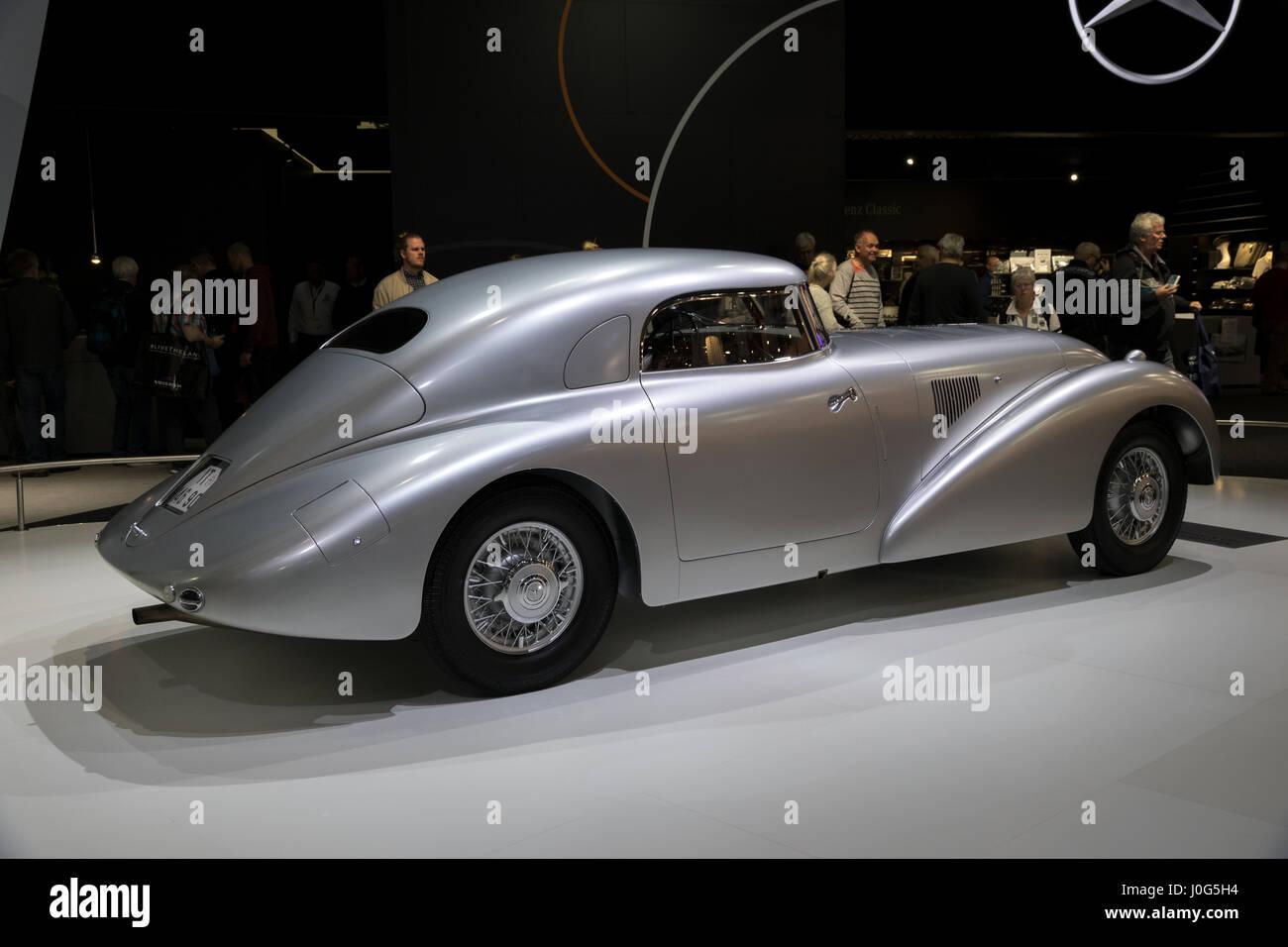 Mercedes benz 540k stock photos mercedes benz 540k stock for Mercedes benz 0 apr