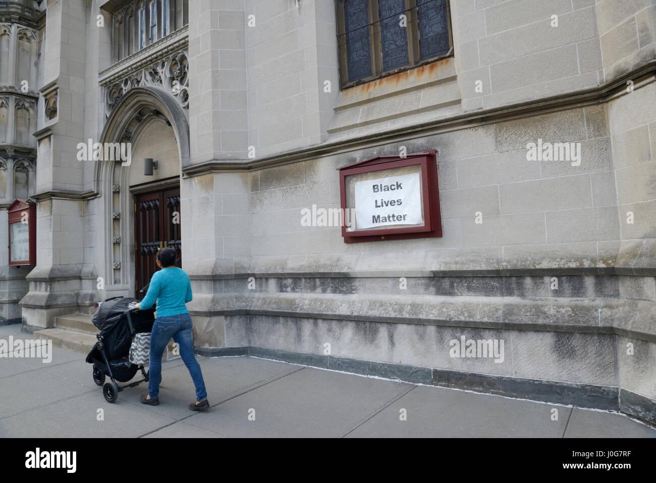Black Lives Matter slogan sign on a Unitarian Universalist church, NYC - Stock Image