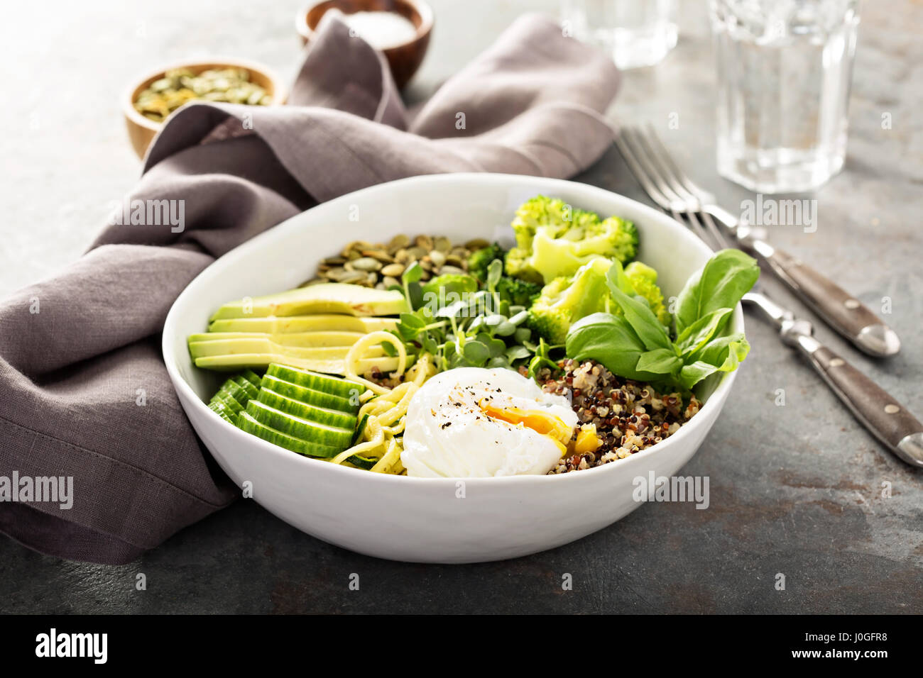 Green and healthy grain bowl - Stock Image