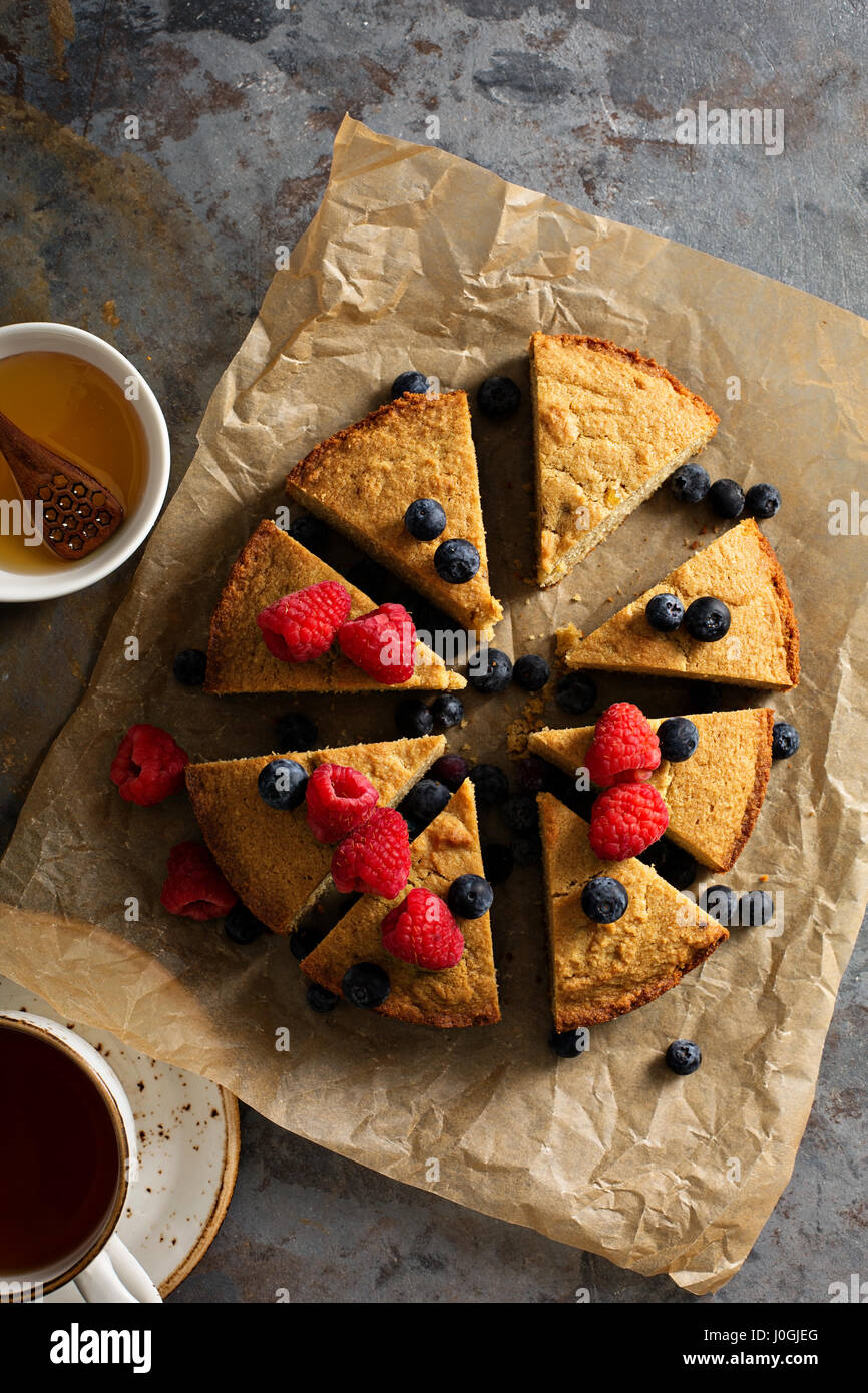 Gluten free cake with fresh fruit - Stock Image