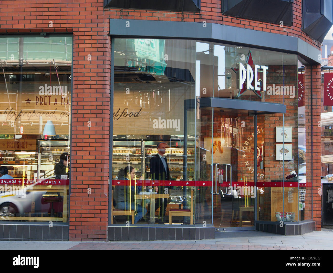 Exterior Shot Of The Of The Coffee Shop Cafe Pret A Manger