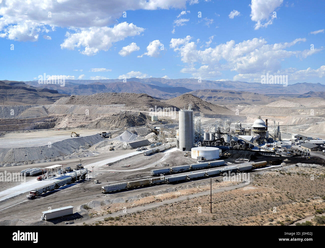 North Las Vegas, Nevada, USA. 9th Sep, 2014. A Georgia-Pacific Gypsum facility is seen September 9, 2014, in North Stock Photo