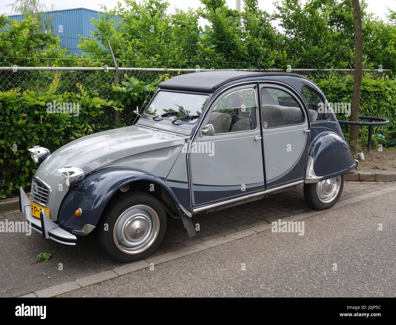 Citroen 2cv Deux Chevaux In Attractive Dark And Light Grey Colour