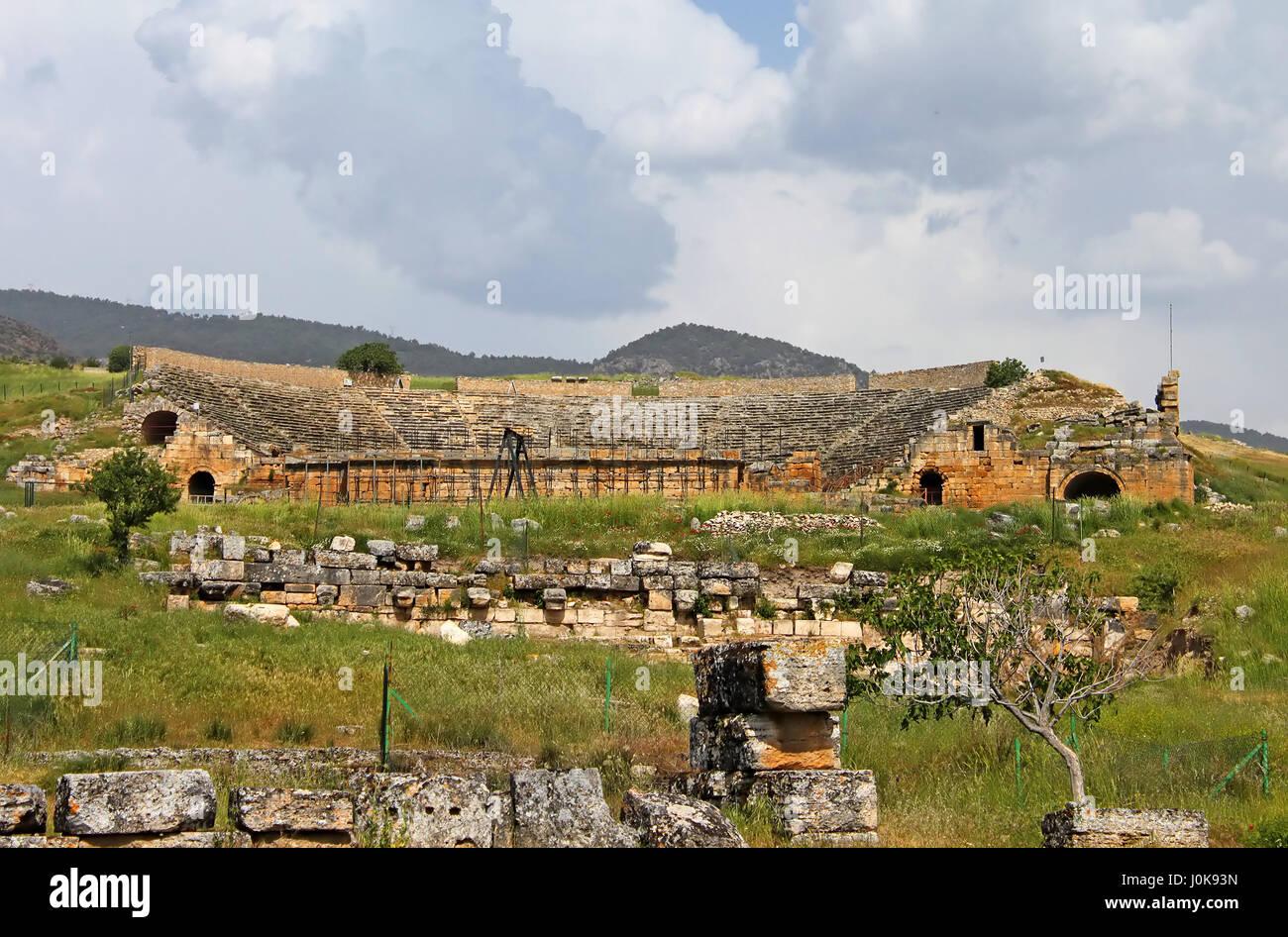 Ancient amphitheater near Pamukkale in Hierapolis, Turkey - Stock Image