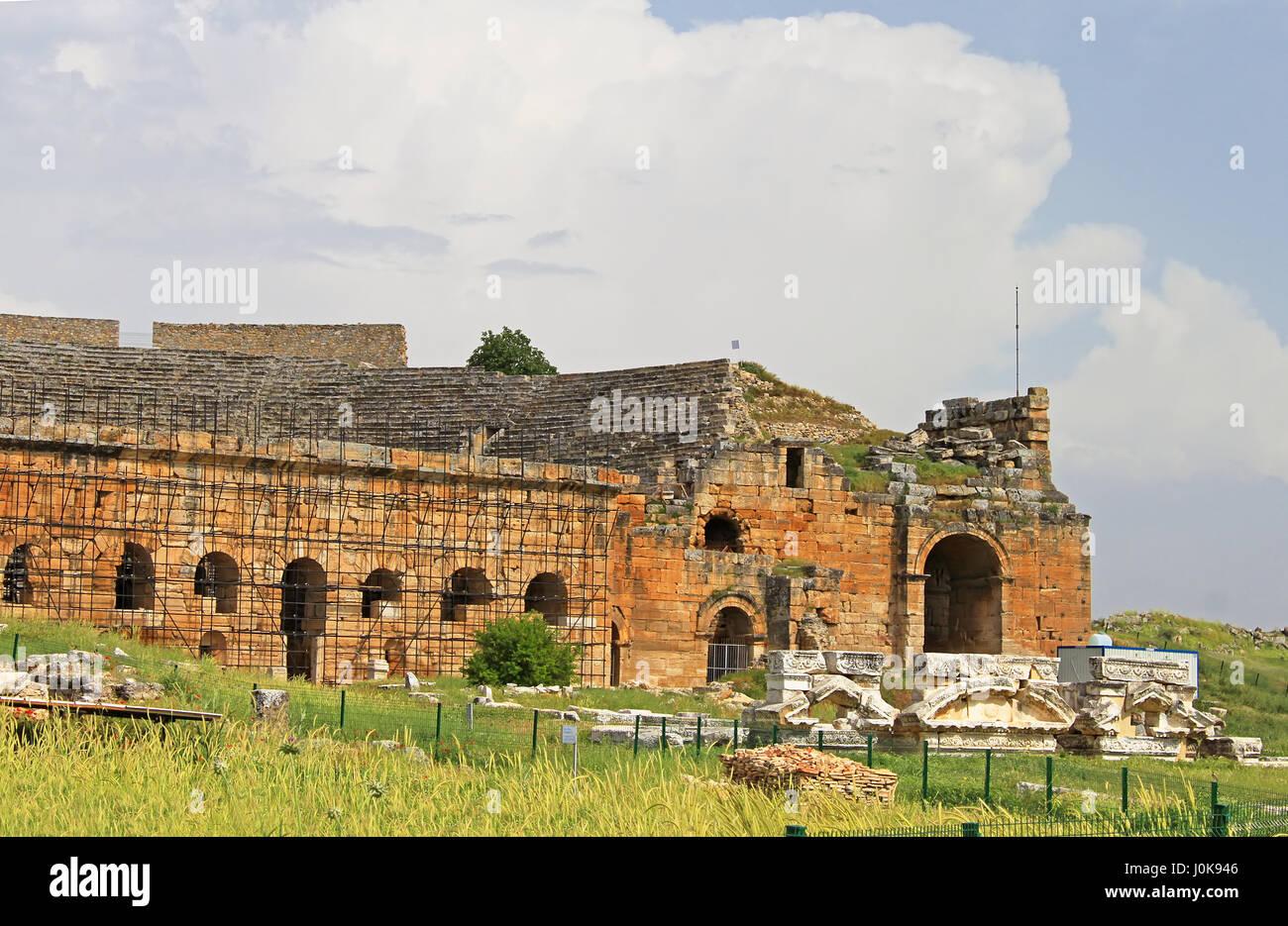 Part of ancient amphitheater near Pamukkale in Hierapolis, Turkey - Stock Image