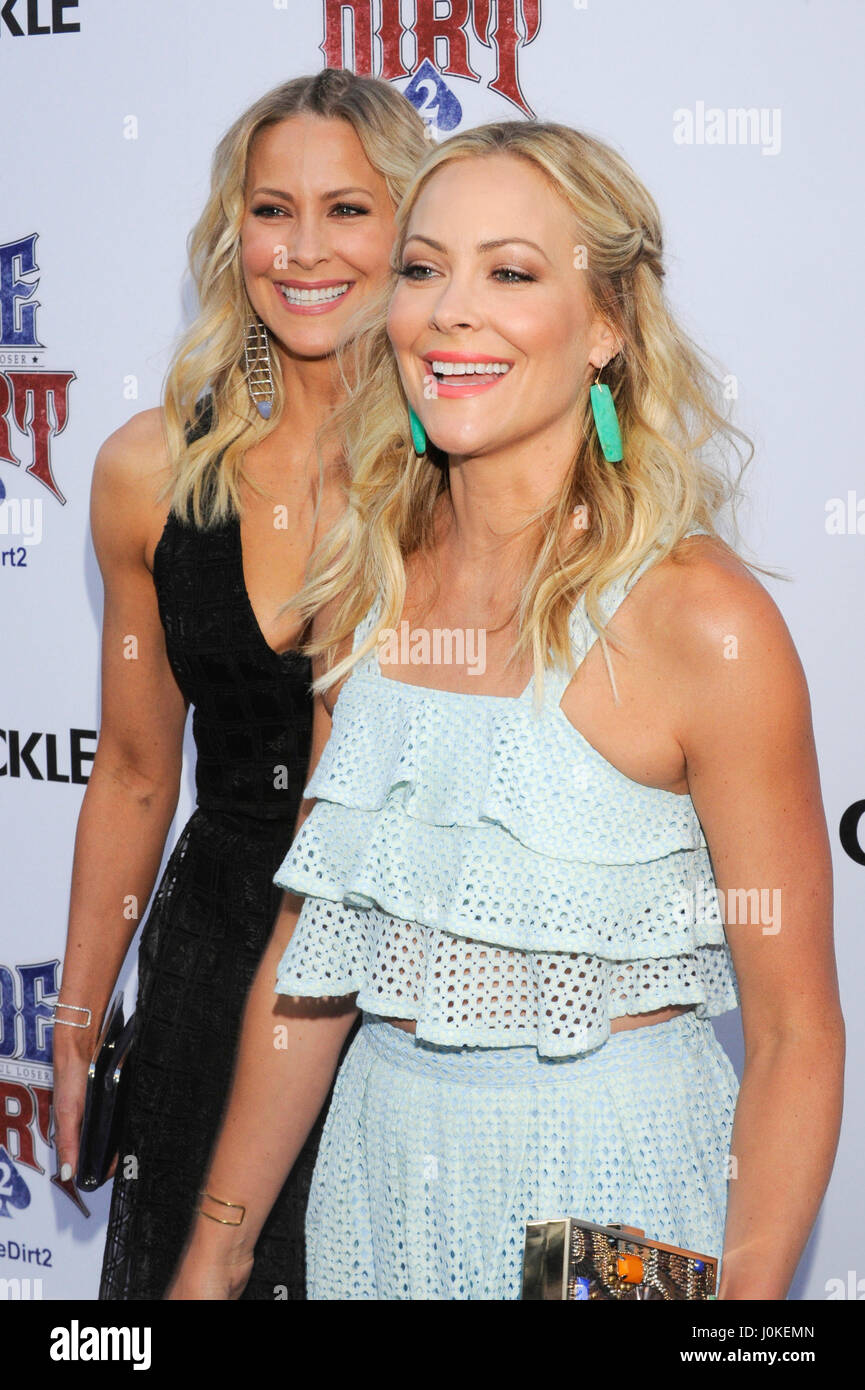 Sisters Brittany And Cynthia Daniel Attend The Joe Dirt 2 Beautiful Stock Photo Alamy They don't have a sister. https www alamy com stock photo sisters brittany and cynthia daniel attend the joe dirt 2 beautiful 138111589 html