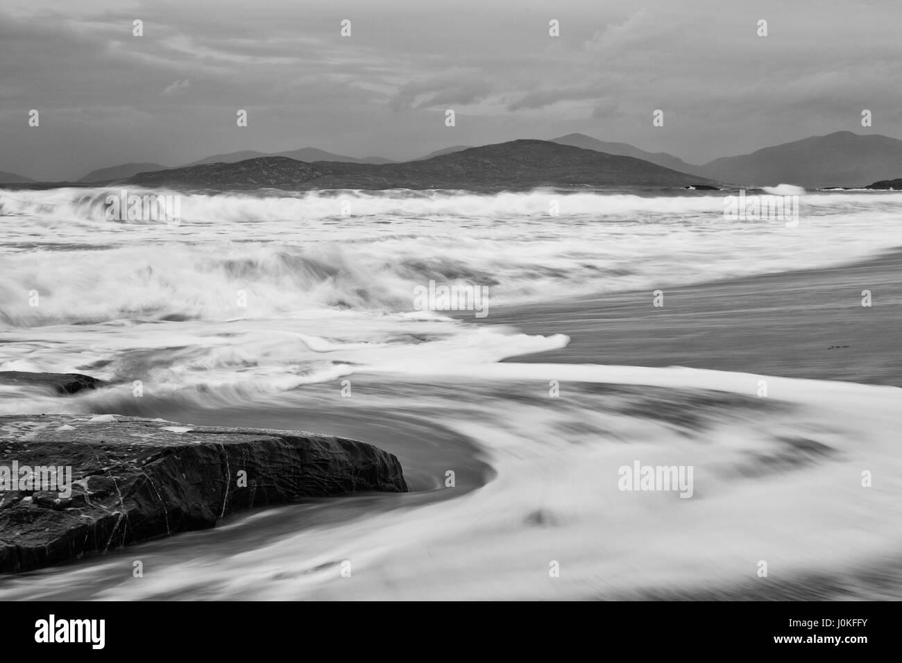 Borve beach with crashing waves, Isle of Harris - Stock Image