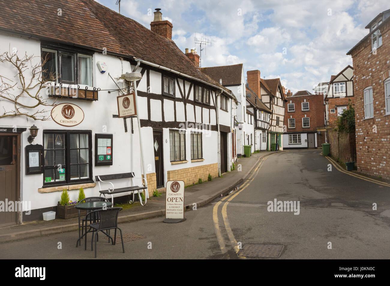 Back street in Tewkesbury, Glocestershire UK showing tudor style architecture Britain - Stock Image