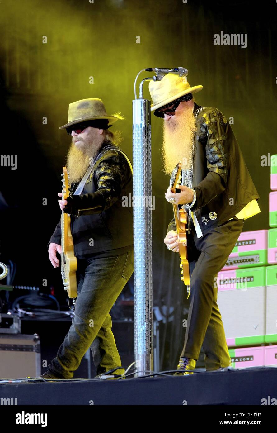 Glastonbury Festival - June 24 2016: American band ZZ Top featuring Billy Gibbons and Dusty Hill performing on the - Stock Image