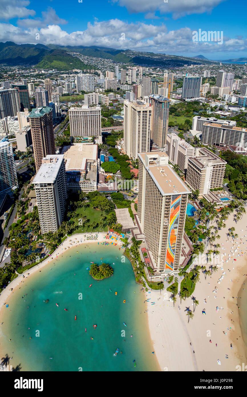 Hilton Hawaiian Village Waikiki Beach Photo Gallery: Hilton Hawaiian Village, Waikiki, Honolulu, Oahu, Hawaii