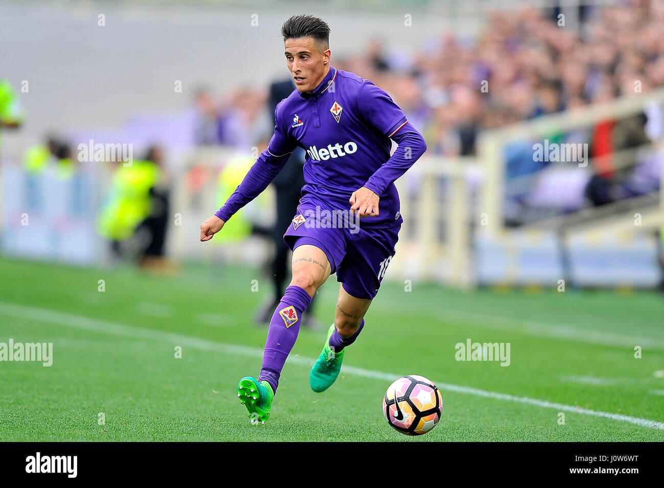 15th Apr 2017 Acf Fiorentinas Cristian Tello In Action During The Italian Serie A Soccer Match Between Fiorentina And Empoli Fc At Artemio