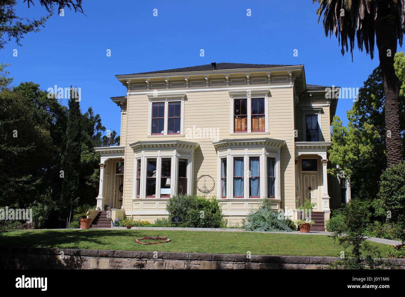 Italianate Victorian double house in Napa, California built in 1874. - Stock Image