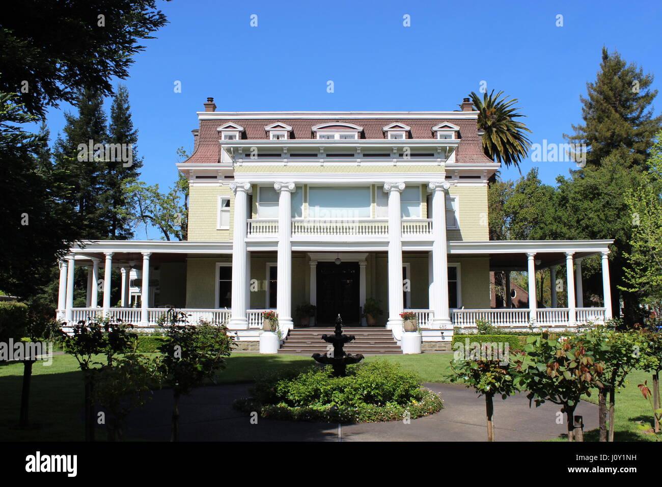 Churchill Manor, Napa, California, 1889 Second Empire mansion - Stock Image