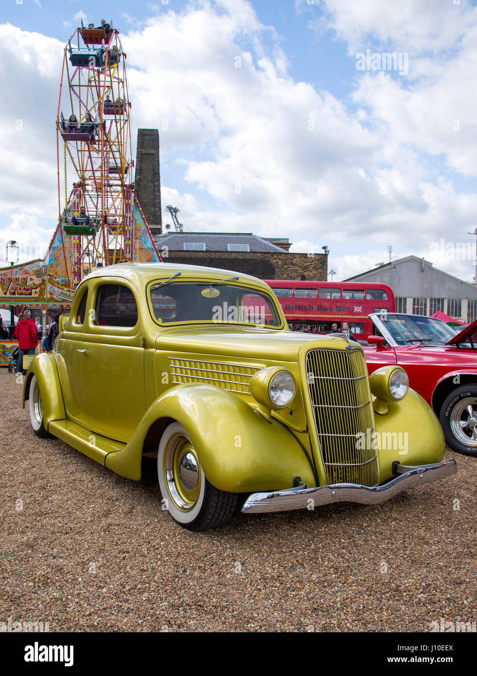 Chatham, Kent, UK. 16 April 2017. Hundreds of familys came to see classic and vintage cars, trucks, steam engines - Stock Image