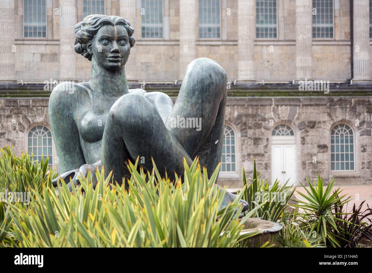 Floozie in the Jacuzzi statue, Victoria Square, Birmingham, UK - Stock Image