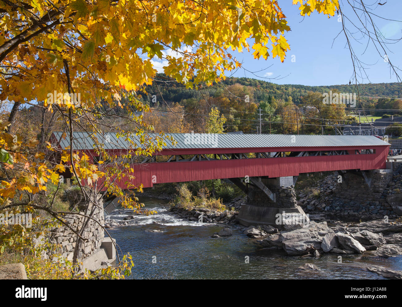 Taftsville covers bridge in New England, Vermont, USA Stock Photo