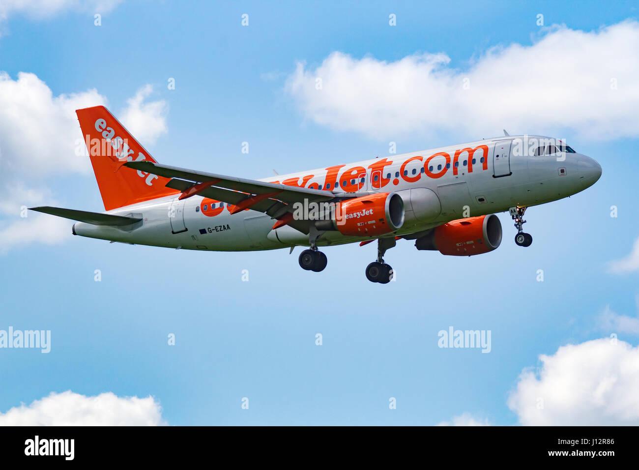Easyjet Plane G- EZAA Airbus A319-111 landing at Manchester Airport - Stock Image