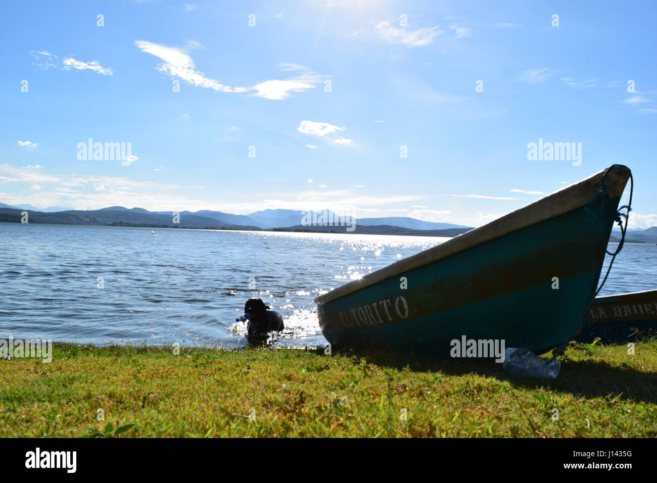 Boat for artisanal fishing in Lake Güija , El Salvador - Stock Image