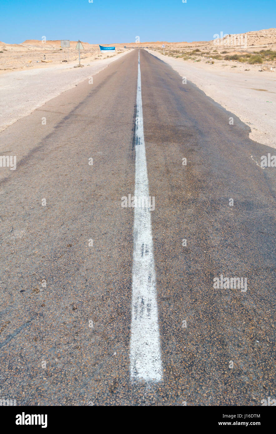 N1 road, between Boujdour and Dakhla, Western Sahara, administered by Morocco, Africa Stock Photo