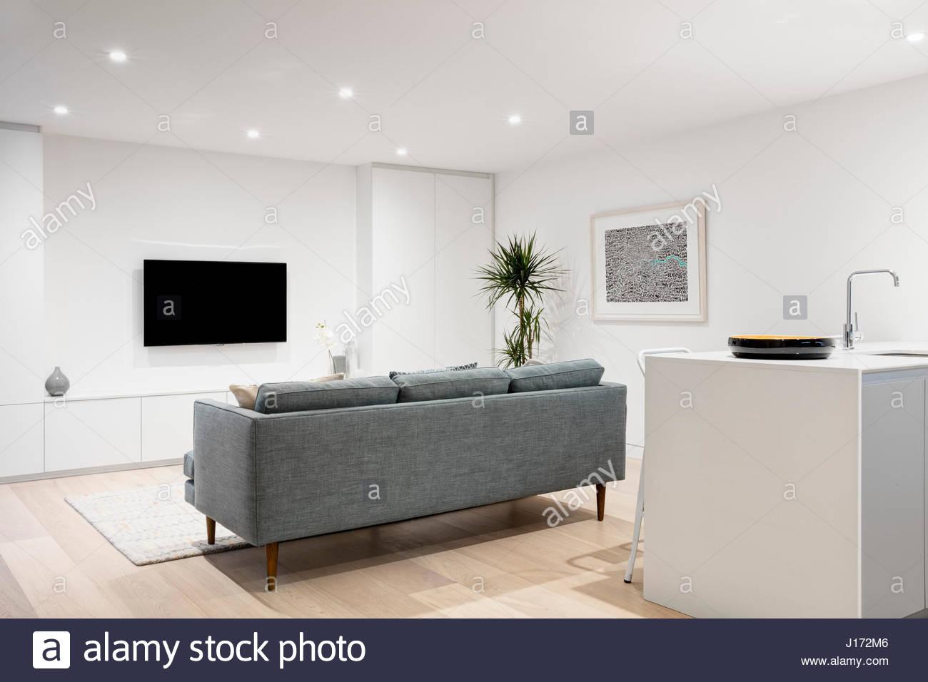 Minimal Living Room Architects Stock Photos & Minimal Living Room ...