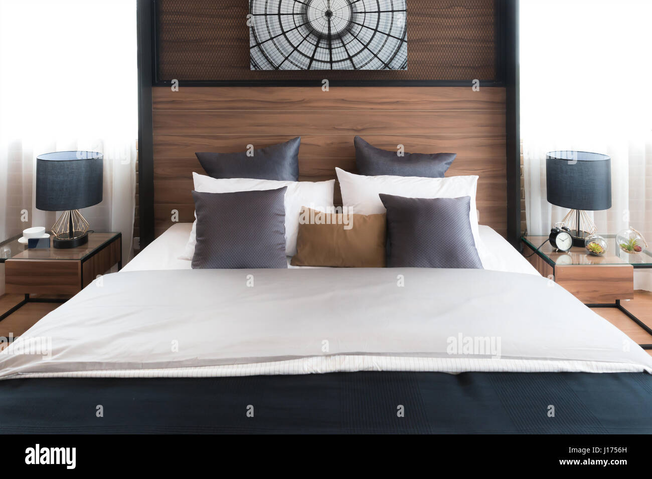 Modern Master Bedroom Interior High Resolution Stock Photography And Images Alamy